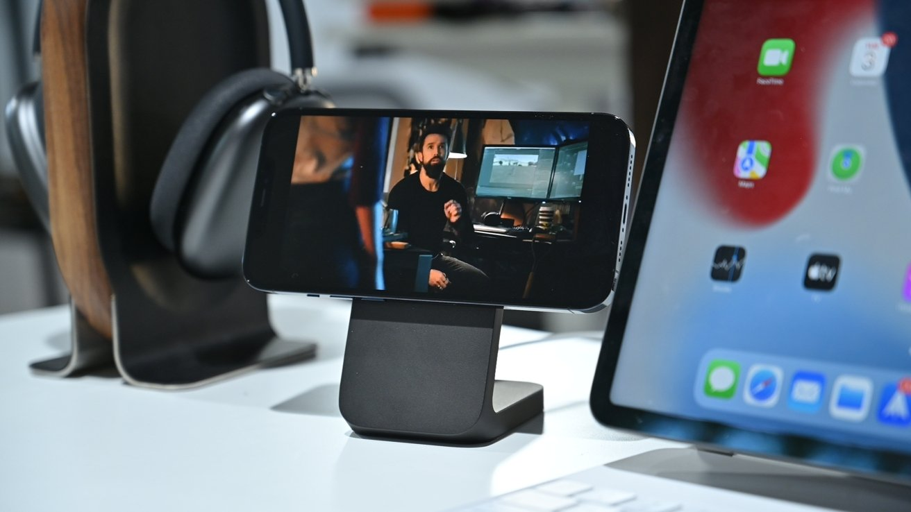 Nomad MagSafe Mount Stand review: A high price for some elevation | AppleInsider